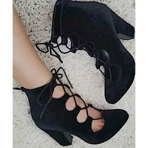 Chunky Velvet Lace Up Witch Heels